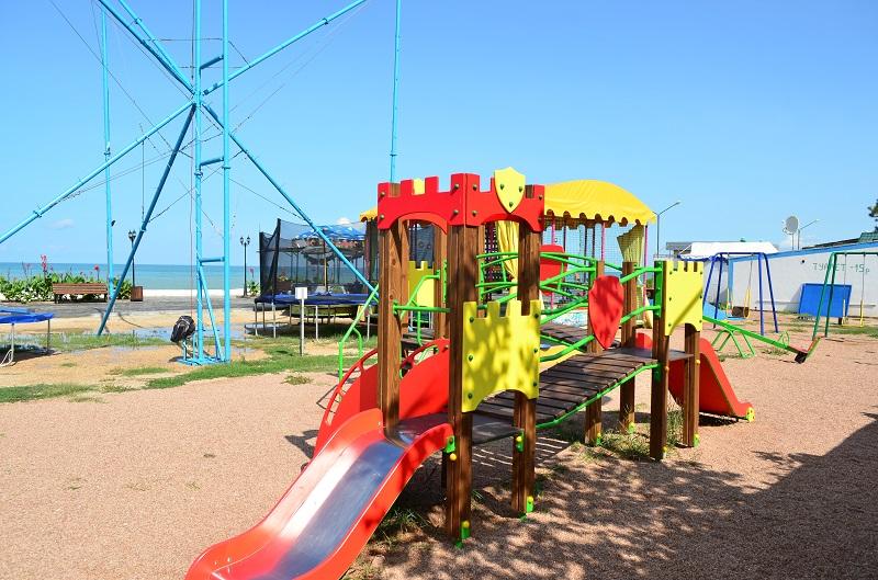 отдых на пляже в Песчаном Крым